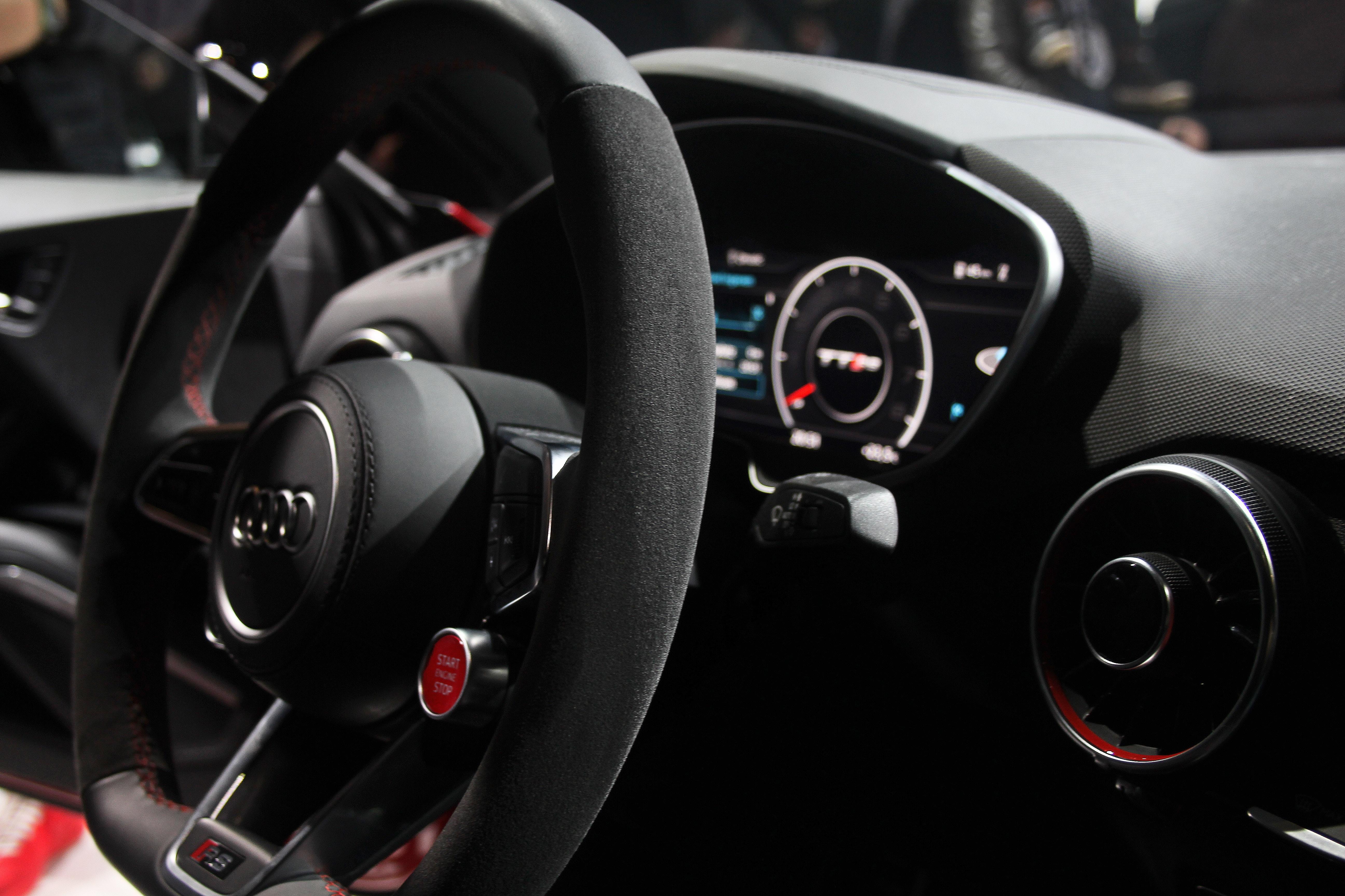 Fahrzeugtechnik im Cockpit – Hightech pur