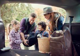 Sicher in die Ferien: So packst du dein Familienauto richtig
